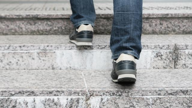 階段で運動
